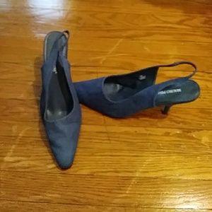 Shoes - Blue Kitten heel sling back shoe size 12